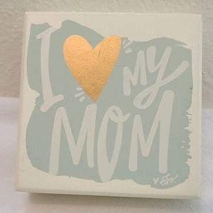 """I """"heart"""" My Mom Decoration"""